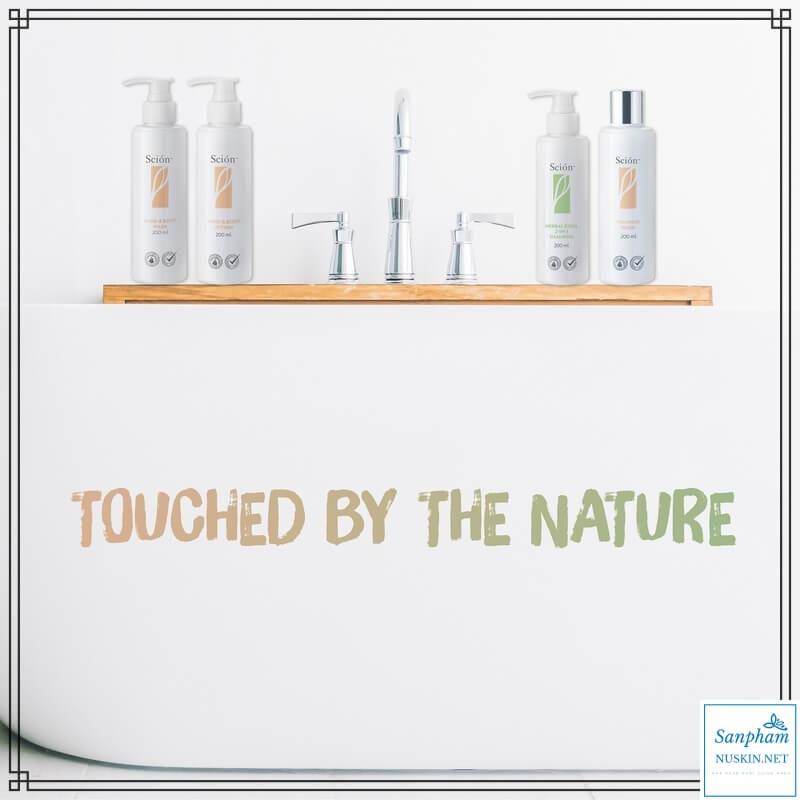 Dung dịch vệ sinh phụ nữ Scion™ Feminine Wash